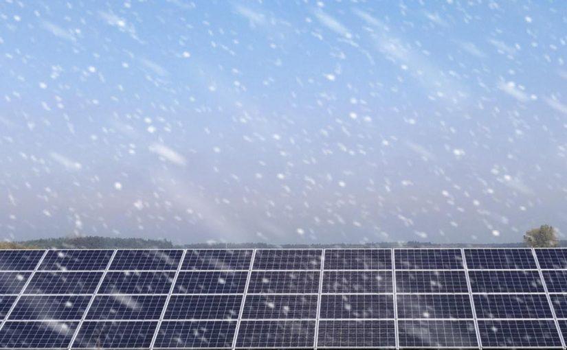 Jak moduły fotowoltaiczne sprawują się zimą?